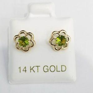 Jewelry - 14k yellow gold flower emerald earrings